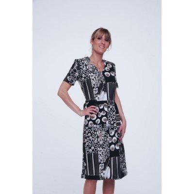 Robe senior vendue sur la boutique spécialisée dans le vêtement professionnel.