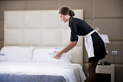 le m tier du mois femme ou valet de chambre blog le roi du tablier. Black Bedroom Furniture Sets. Home Design Ideas